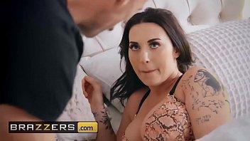 www.brazzers.xxx/gift - copiez et regardez la vidéo complète de Zanna Blues